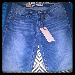 👖😲WOW!!⬇BRAND NEW LEVIS